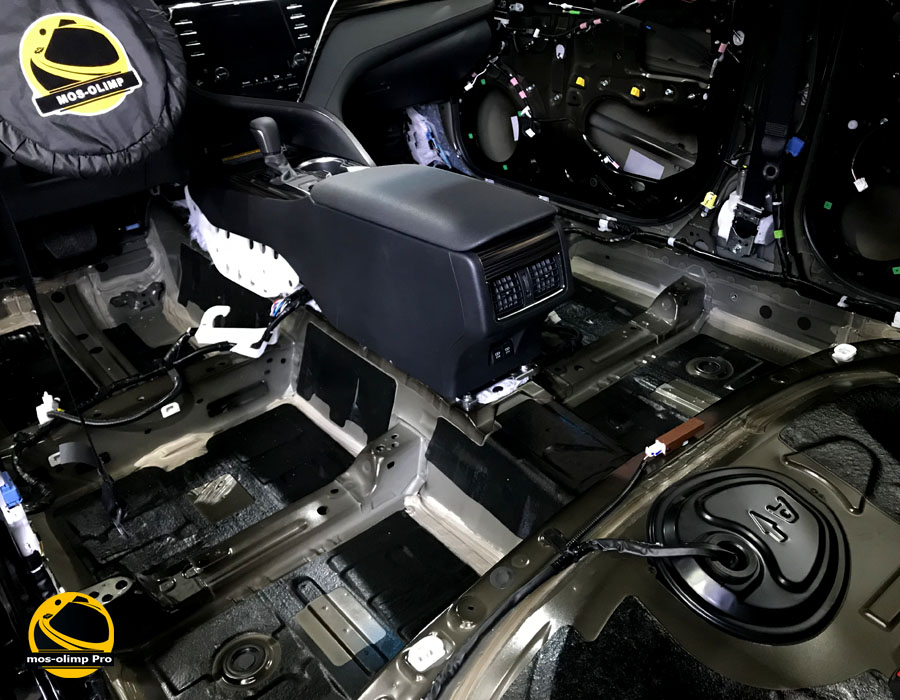 шумоизоляция камри V70