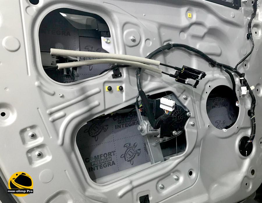 шумоизоляция Jeep двери