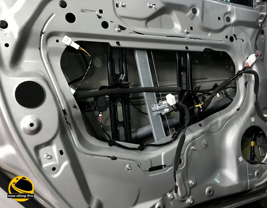 шумоизоляция дверей Хонда Пилот