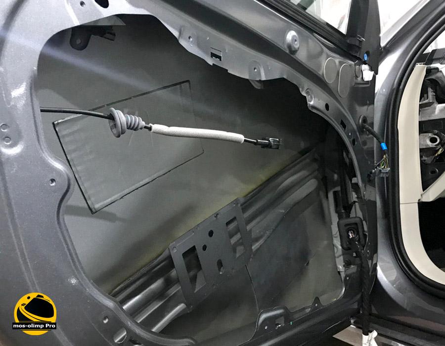 шумоизоляция двери Volvo S90