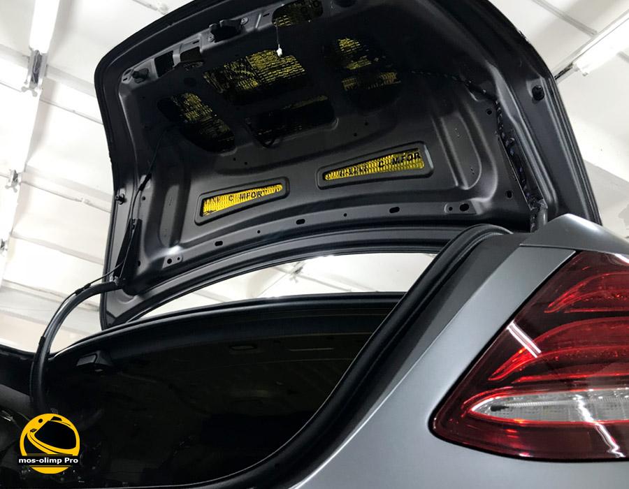 шумоизоляция_mercedes_e43_багажник