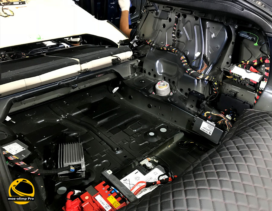 шумоизоляция багажника бмв х6
