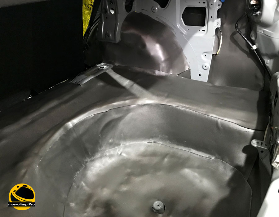шумоизоляция багажника мазда 6