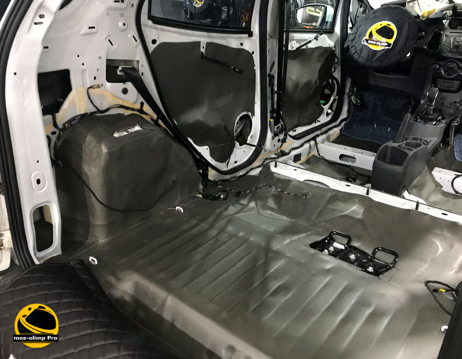 шумоизоляция форд экоспорт