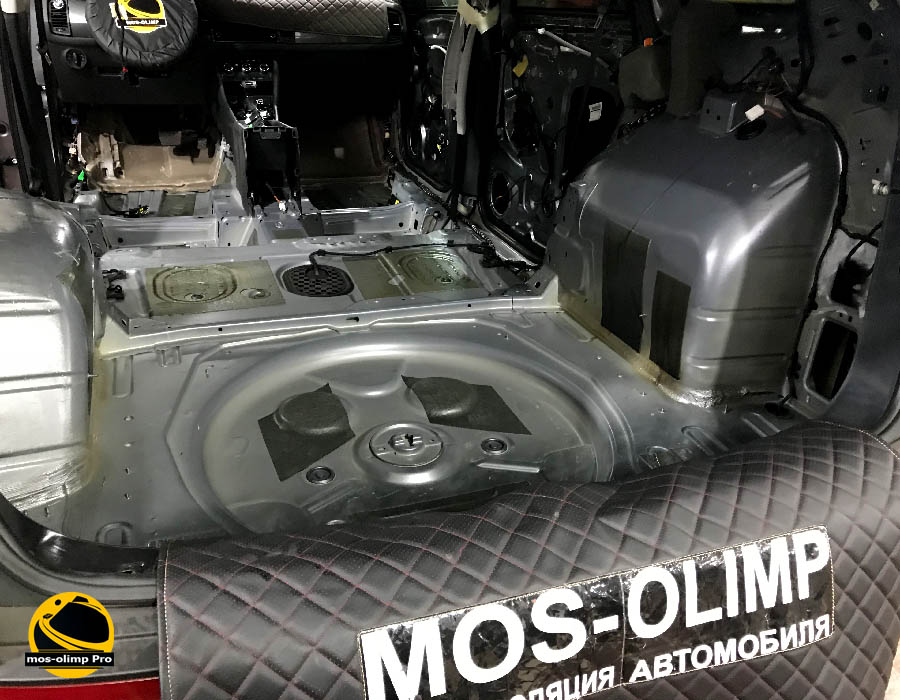 шумоизоляция багажника шкода кодиак