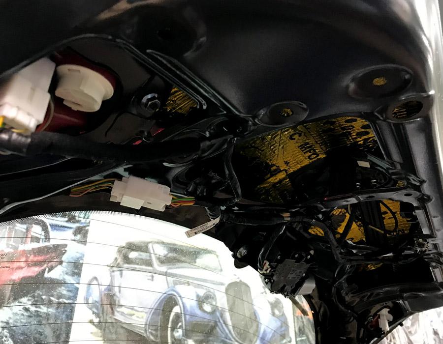 виброизоляция крышки багажника киа сид