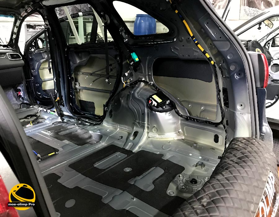 шумоизоляция багажника соренто прайм