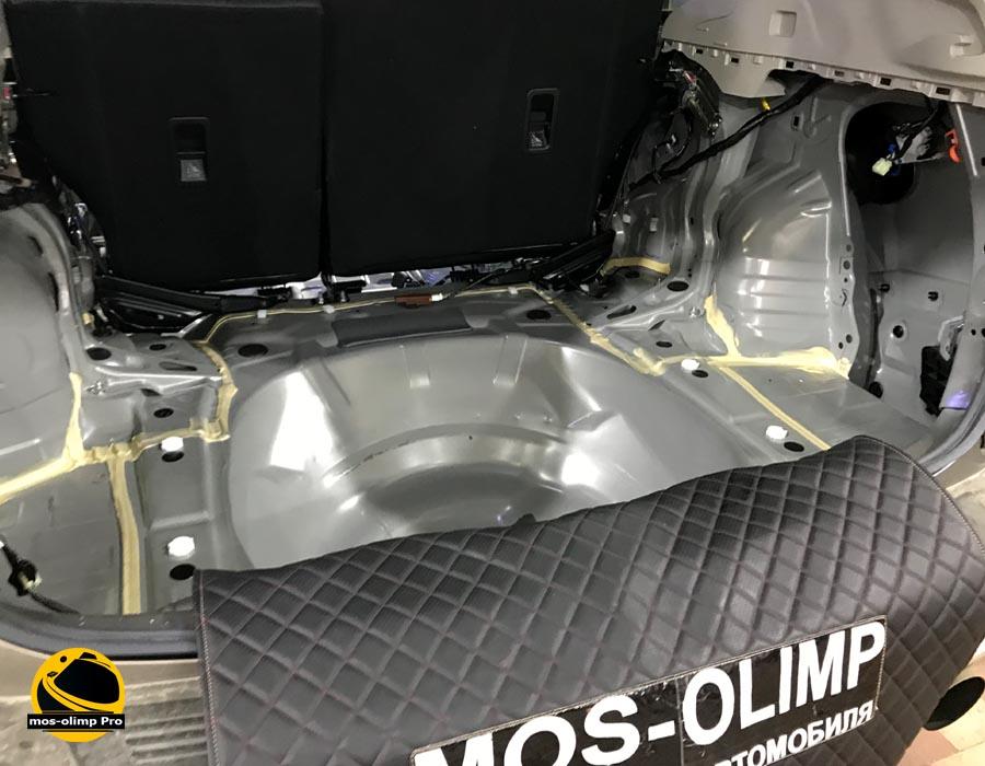 шумоизоляция багажника форестера