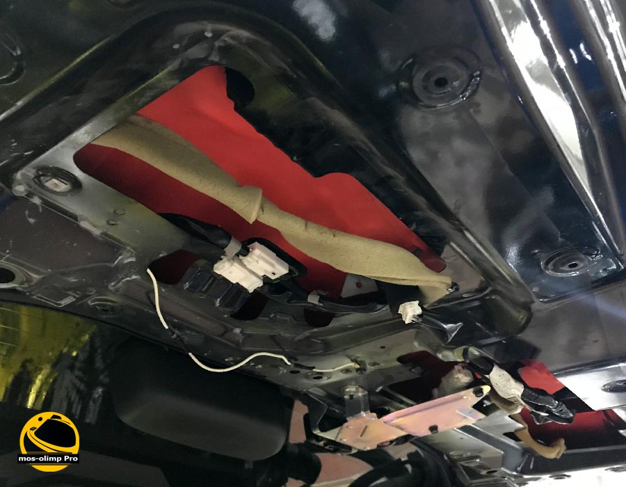 шумоизоляция крышки багажника ниссан патфайндер