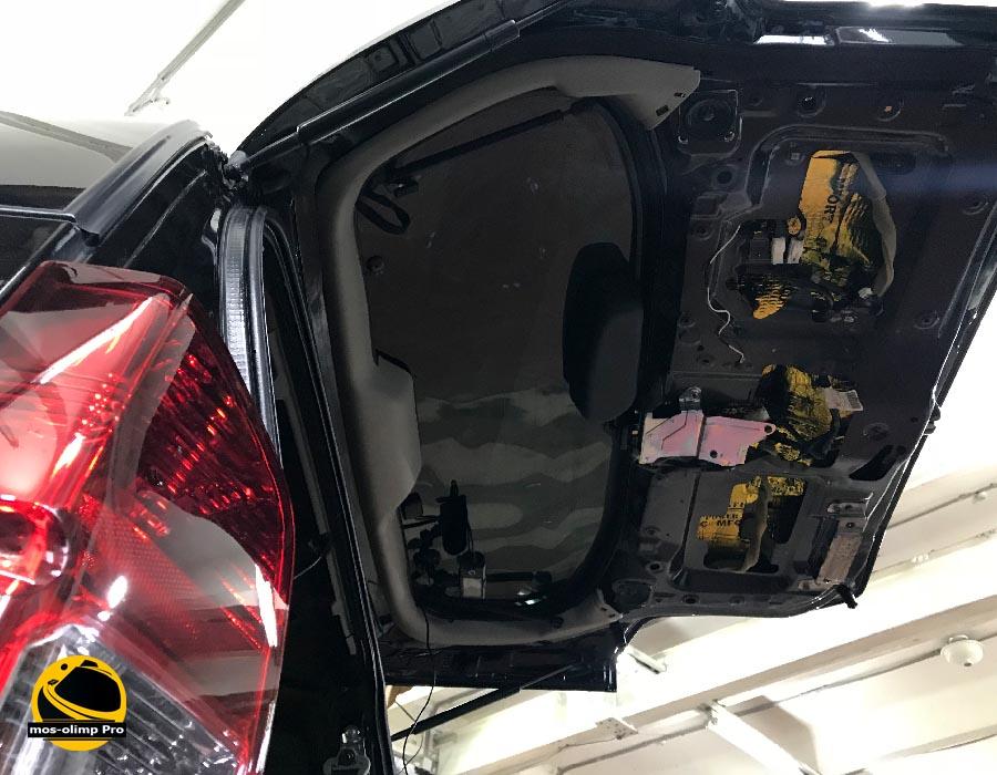 шумоизоляция крышки багажника патфайндер