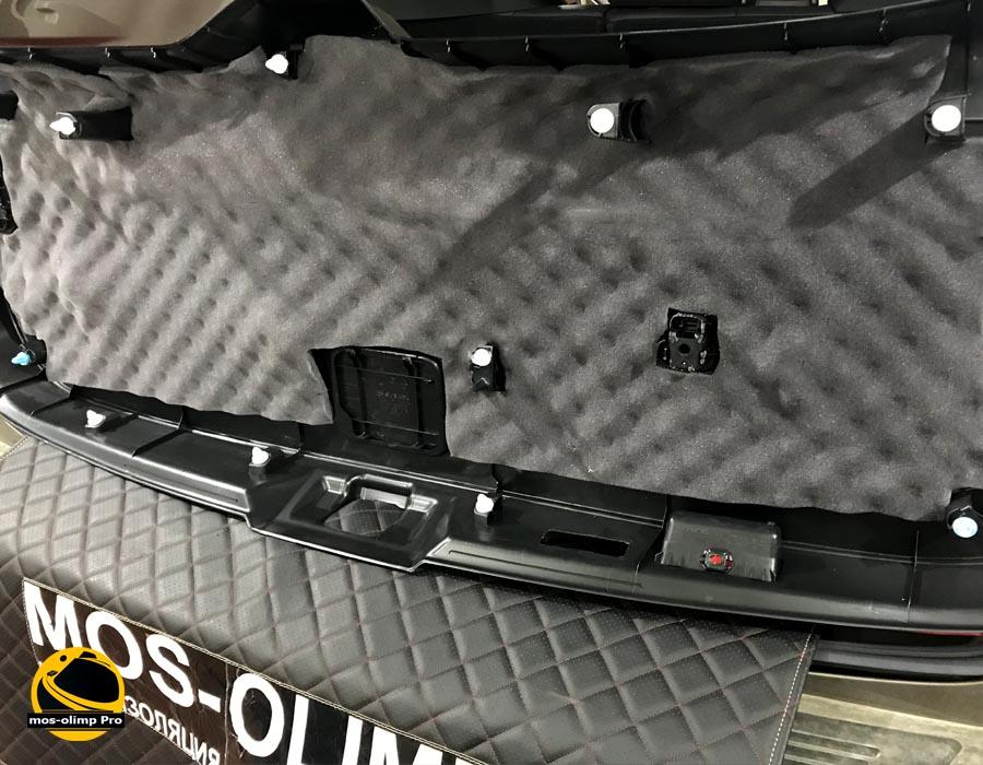 шумоизоляция крышки багажника субару форестер