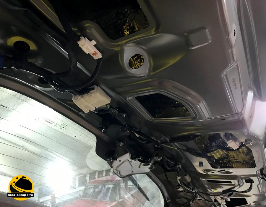 шумоизоляция крышки багажника форестер