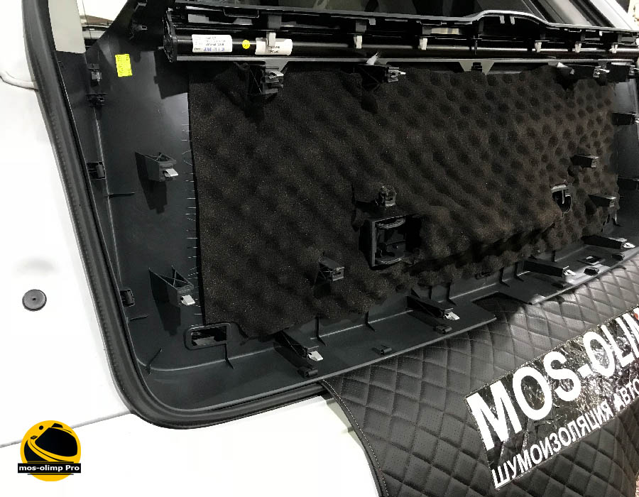 виброизоляция крышки багажника q7