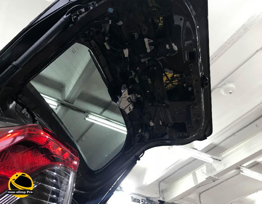 шумоизоляция крышки багажника рав 4