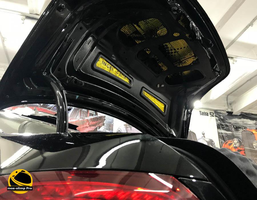 шумоизоляция крышки багажника w213