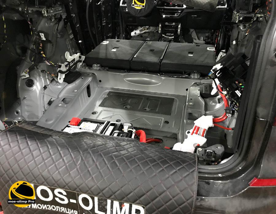 шумоизоляция багажника бмв х3