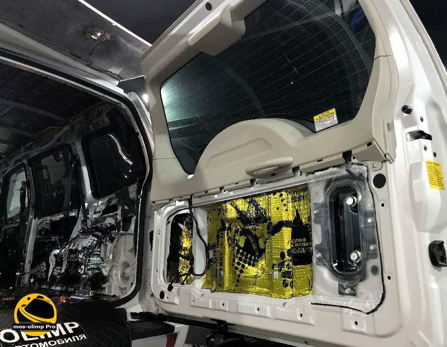 шумоизоляция крышки багажника паджеро 4